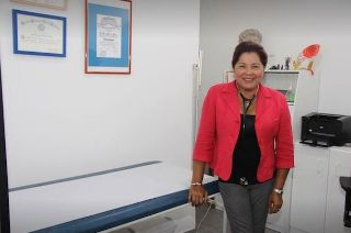 Beke-Martinez LiliÊMD (Family Physician walk-in clinic) - Doctors