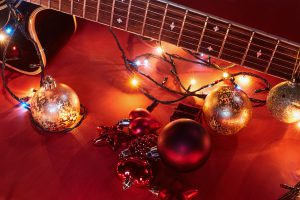 Christmas ornament with music instrument