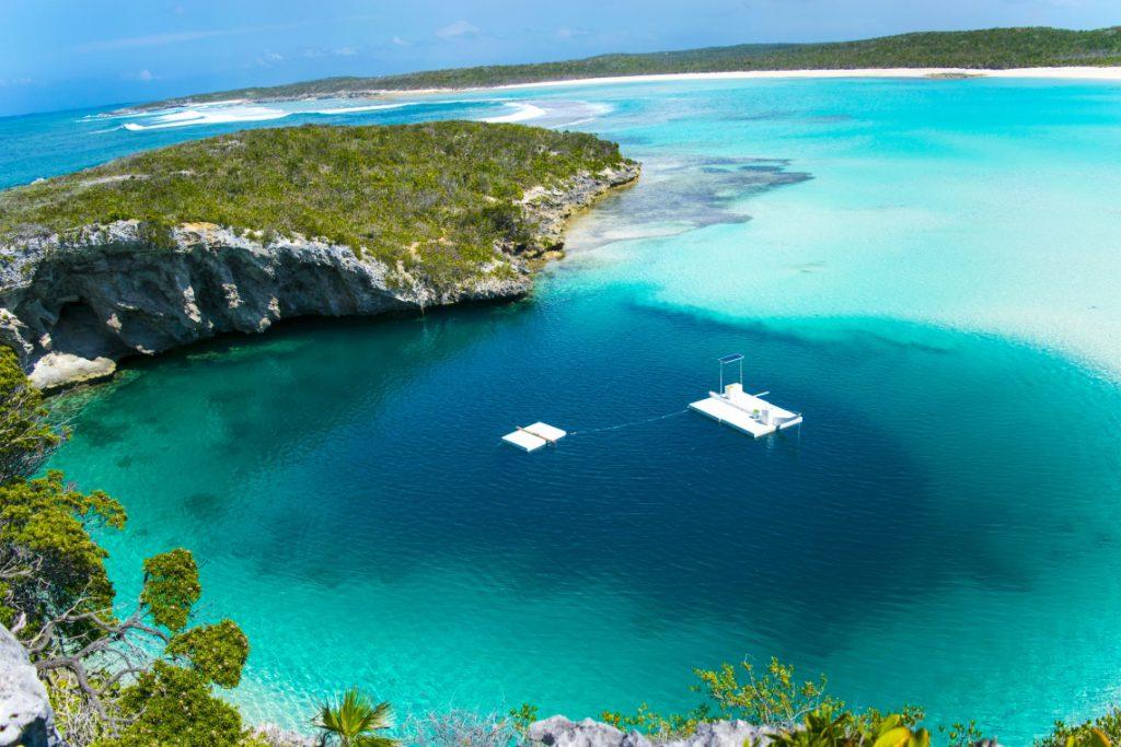 Deans Blue Hole_the Bahams.com photo