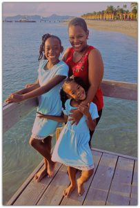 Deslyn & kids - Mother's Day 2019
